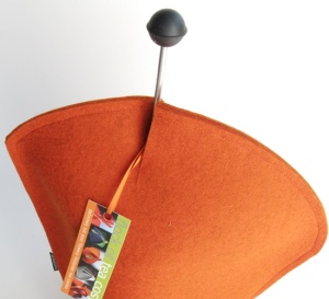 Coffee cosy design with opening for French-press plunger