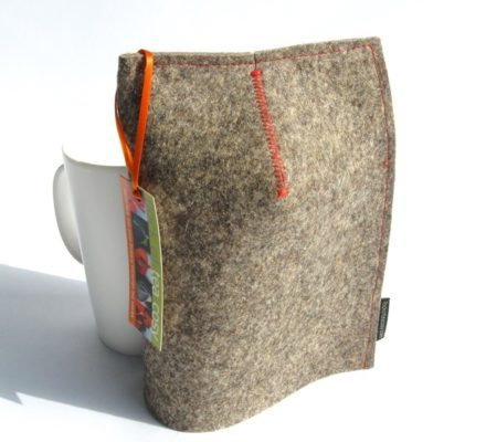 Modern Mug Cosy 16oz in Industrial felt
