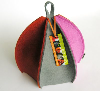 Expandable multicolored wool felt tea cozy