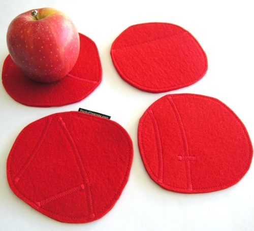 Coaster set in red wool felt