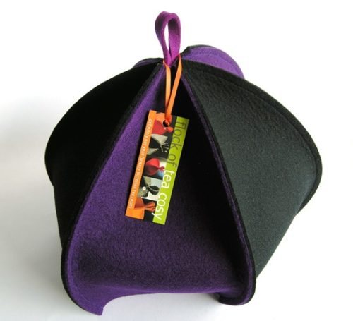 Architectural 6-sided tea cosy in wool felt Purple & Black